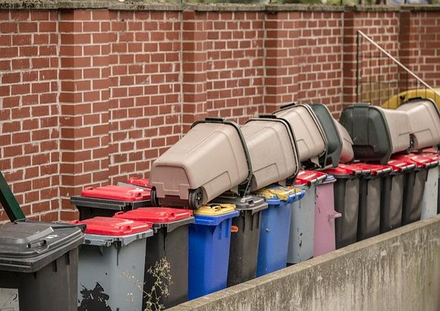 Containern – Eine Straftat aber Lebensmittelverschwendung ist ok!